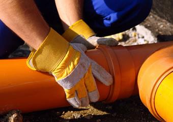 Czym kierować się podczas wybierania dobrej firmy kanalizacyjnej?